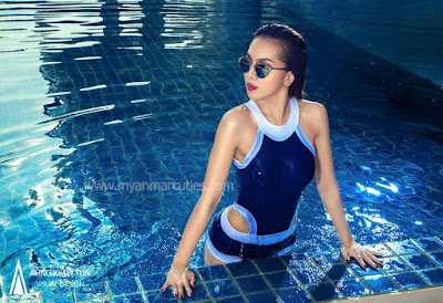 war so moe oo with swimming suit fashion