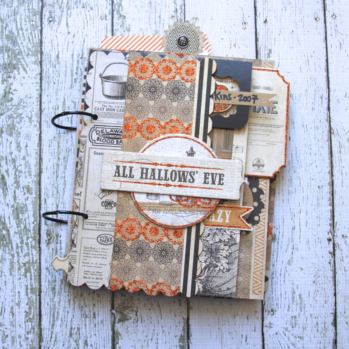 Halloween Mini Album | iloveitallwithmonikawright.com