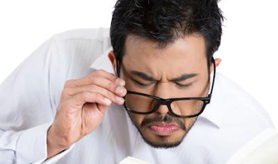 Askep Cacat Mata Presbiopi dan Cara Mengatasinya dengan Kaca Mata Lensa dan Obat Herbal