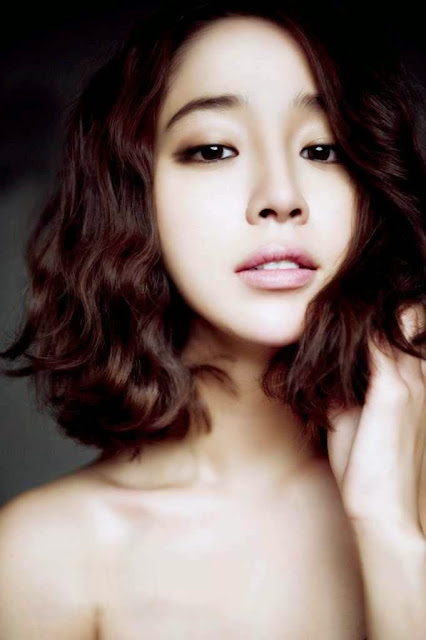Lee Min Jung korean girl