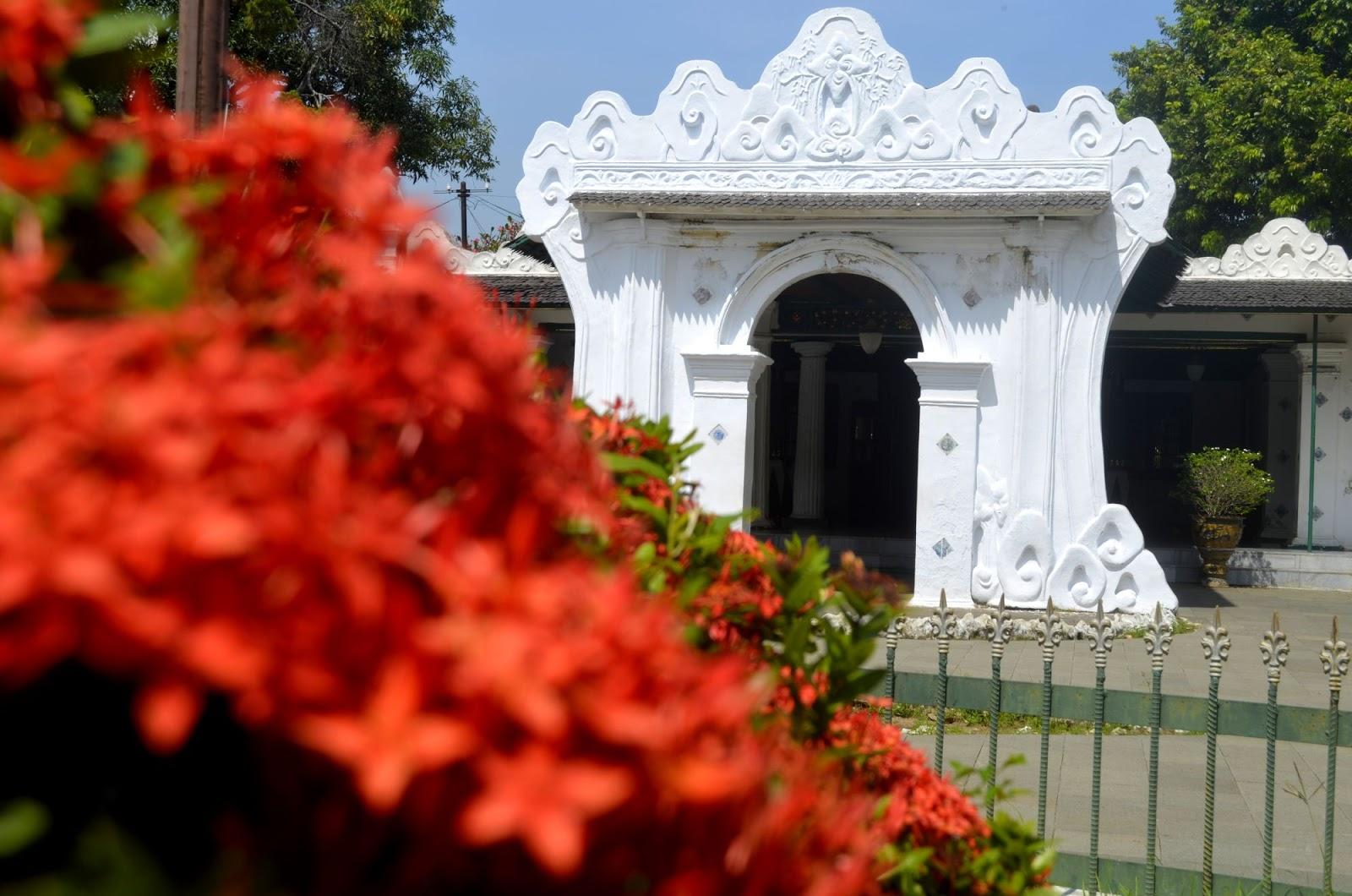 Explore Cirebon dan Pengalaman Mencoba Bunk Bed Di Ibis Budget Hotel 3c87f23ea1