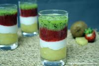 Chupito de fresa, kiwi y piña con yogurt