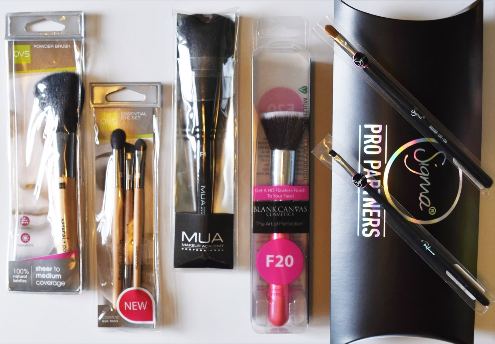 Makeup brush giveaway