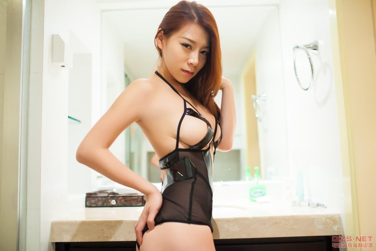 Young Asian Jia Baobier Vetiver 嘉宝贝儿 Flirty Unique Transparent Lingerie Show Her Tits