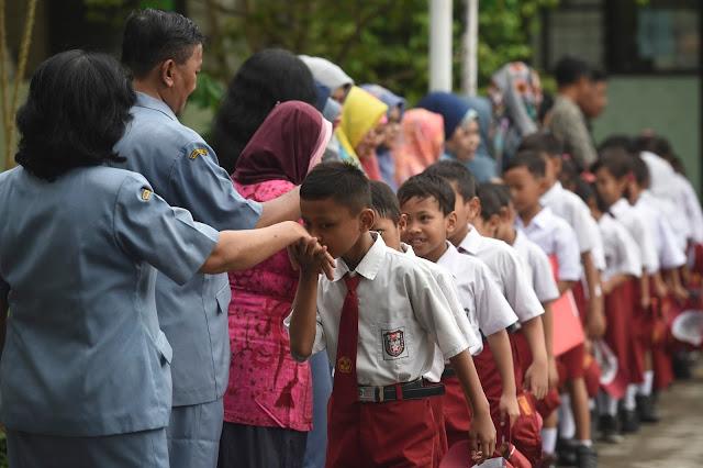 Kelebihan Dan Kekurangan FULL DAY SCHOOL
