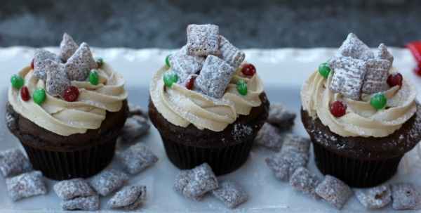 Me And My Pink Mixer Muddy Buddies Puppy Chow Cupcakes