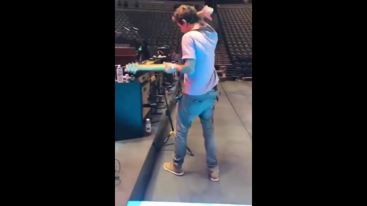 John Mayer Slow Dancing In A Burning Room Guitar Music Pro