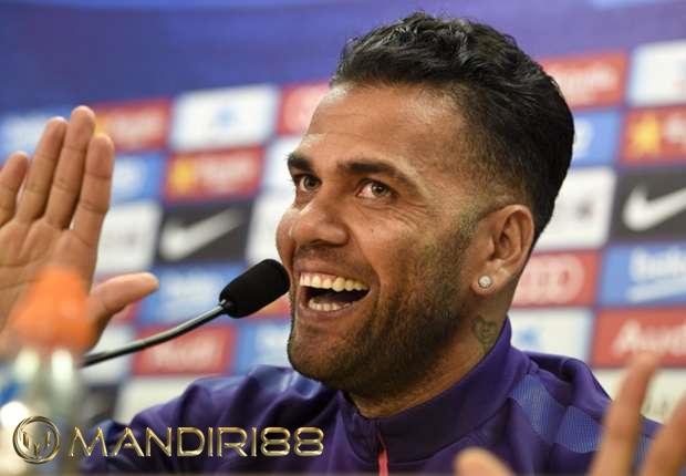 Dani Alves Minta Juventus Memutus Kontraknya