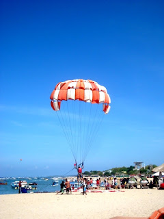 parasailing in Indonesia