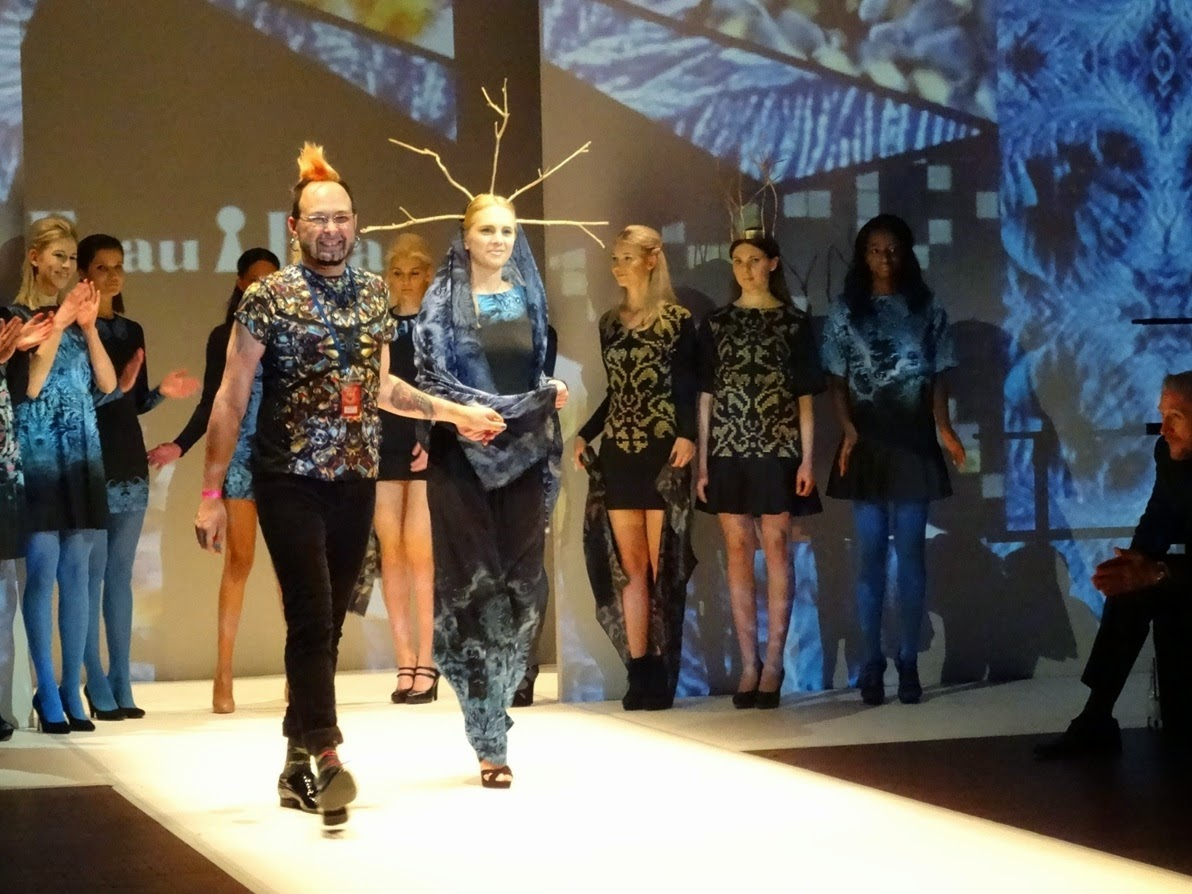 Frau Blau designer on stage