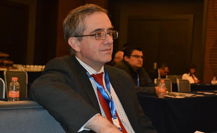 Manuel Montoya Ortega, director General del Clúster Automotriz de Nuevo León (Claut) afirma que trabajar en el contenido nacional es una forma en que puede prepararse la industria automotriz para ser competitiva. (Foto: Vanguardia Industrial)