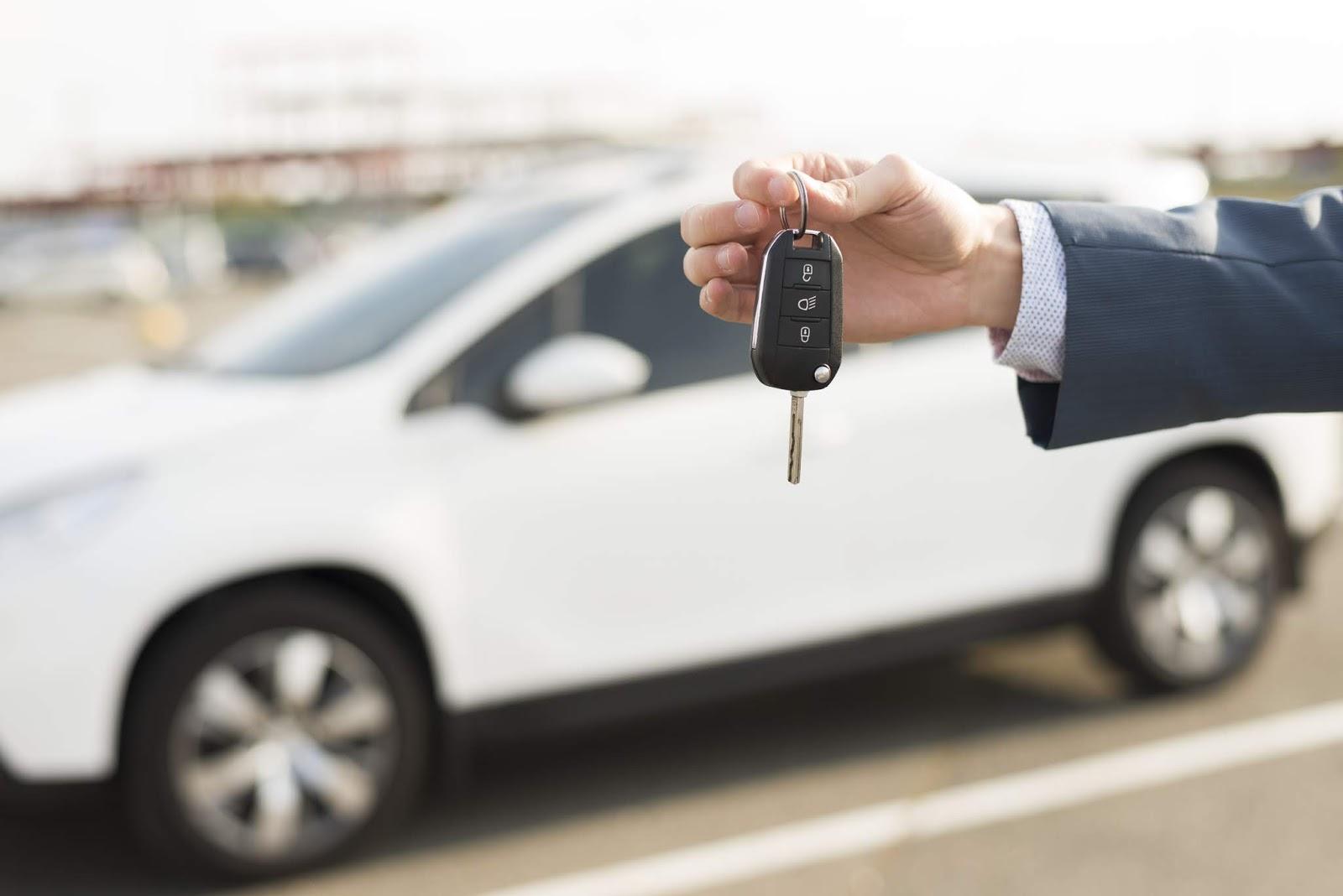 Proses Pembelian Mobil Melalui Situs Online yang Aman