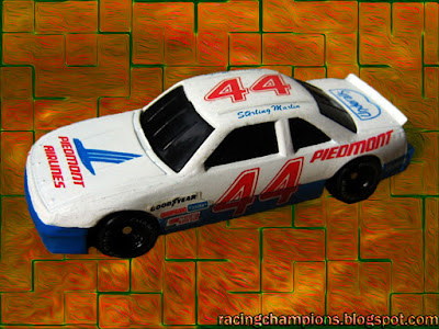 Sterling Marlin #44 Piedmont Airlines Racing Champions 1/64 NASCAR diescast blog club exclusive Underalls