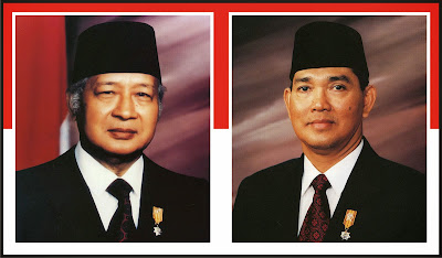 Gambar Presiden Soeharto dan Try Sutrisno