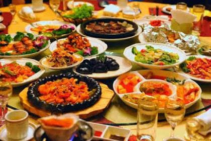 10 Tempat Wisata Kuliner Bandung Yang Terkenal Enak dan Murah