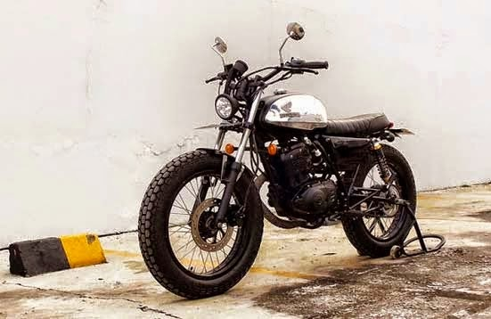 Modifikasi Suzuki Thunder 125 Street Tracker