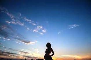 Bentuk Perut Hamil Anak Laki Laki itu Seperti Apa ?