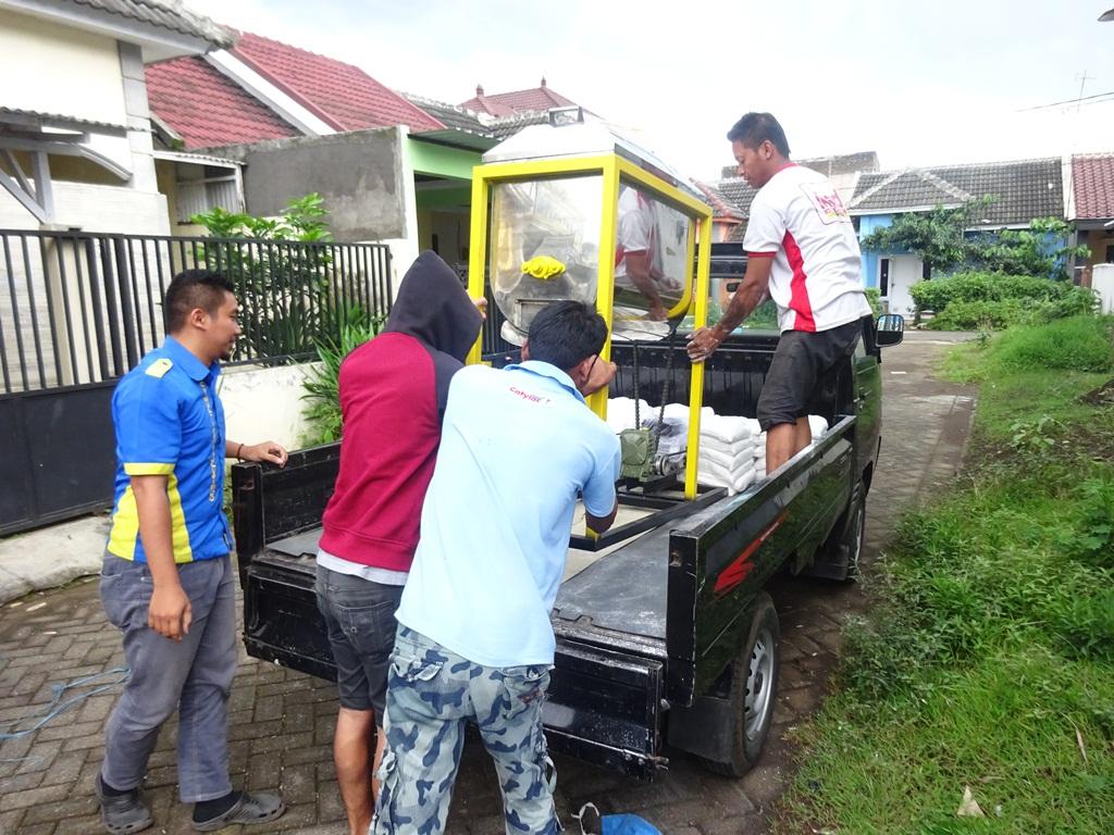Pengiriman Mesin Ayakan Baglog Mixer Ribbon Alat Pengaduk Adonan