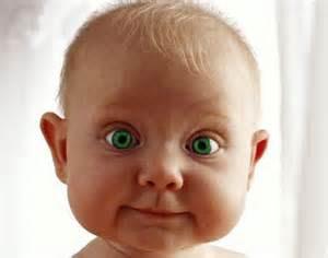 gambar-bayi-mata-hijau