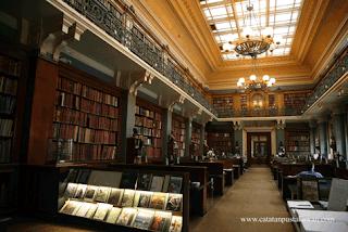 London Library, Inggris.