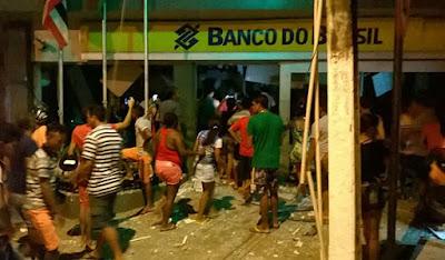 Colinas-MA – Grupo explode banco e mulher morre em tiroteio