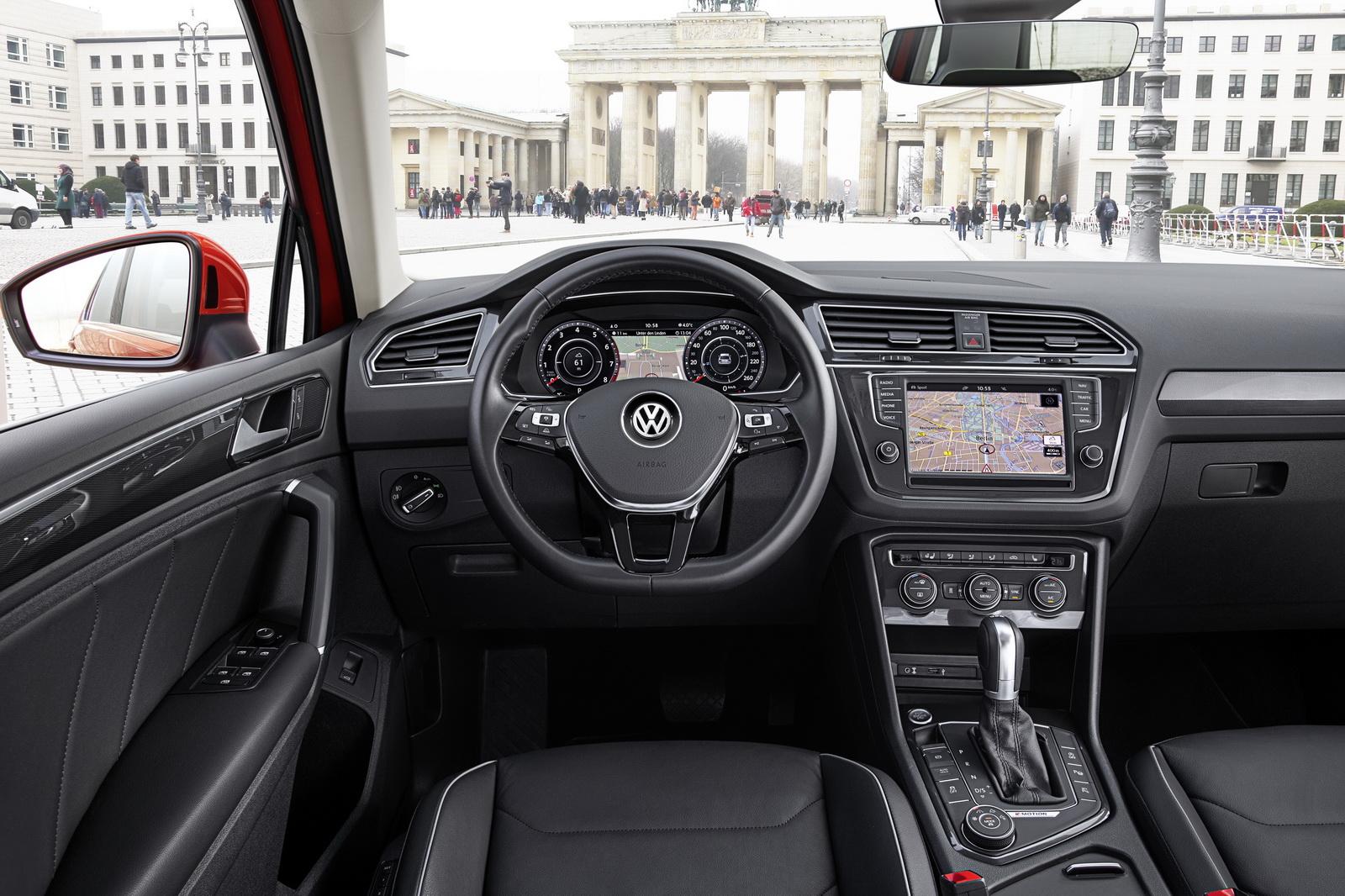Салон Volkswagen Tigaun