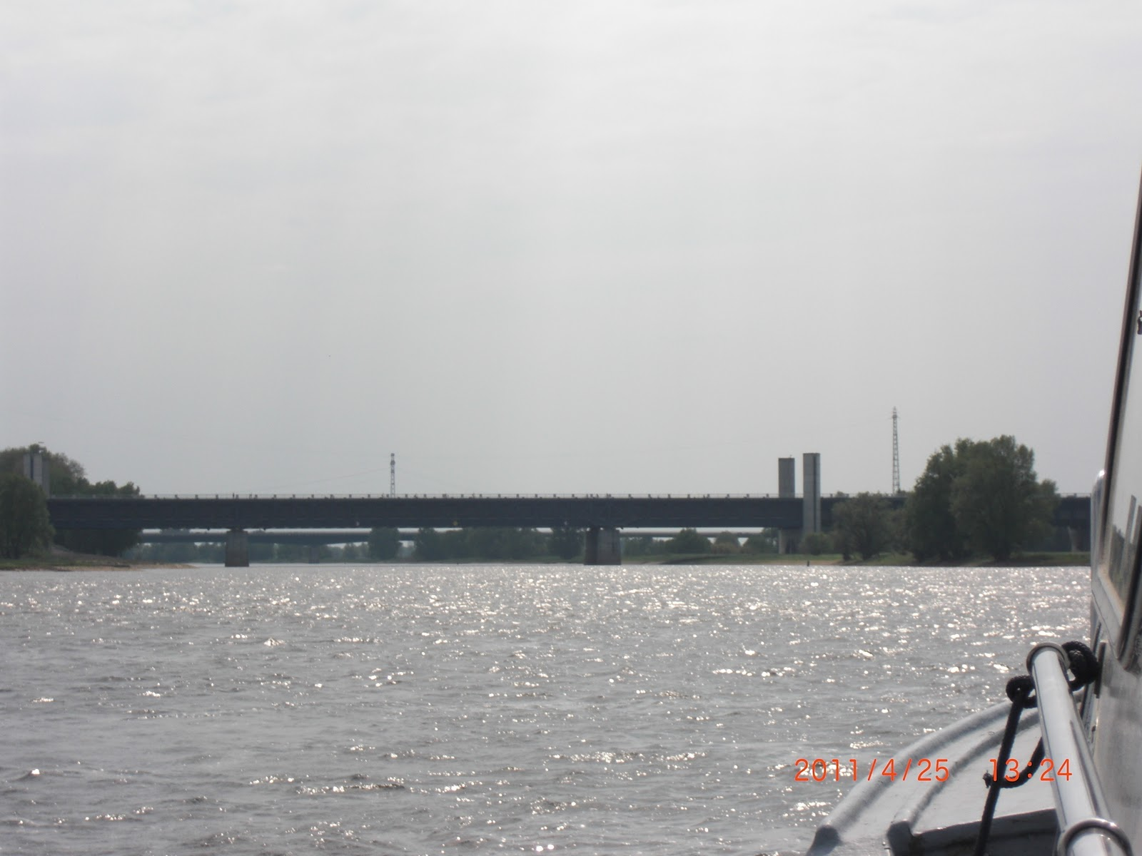 Ikk Magdeburg On European Waterways Akvedukten över Elbe Nära Magdeburg