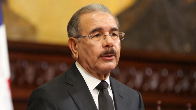 Danilo pide al Congreso conformar comisión bicameral que estudie solución a ley de Partidos