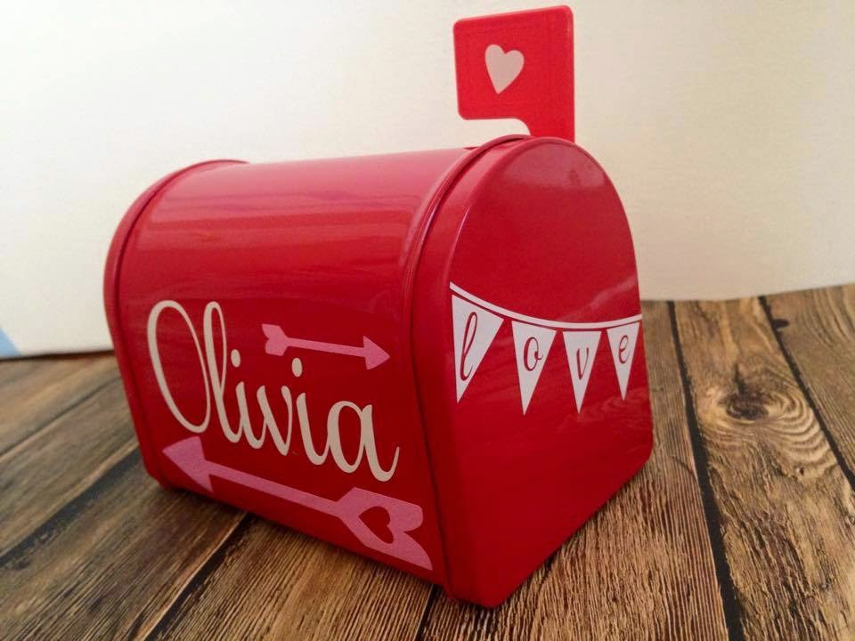 Silhouette, Silhouette project, valentine's day, project idea, mailbox