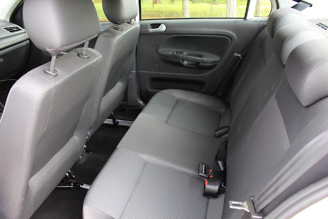 VW Voyage 2019 1.6 Automático - interior - espaço traseiro