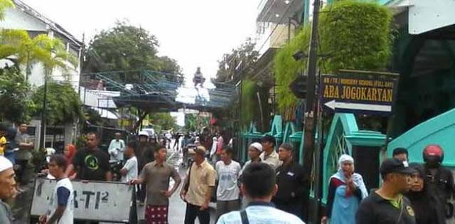 Keributan Di Masjid Jogokaryan, Begini Penjelasan PDIP