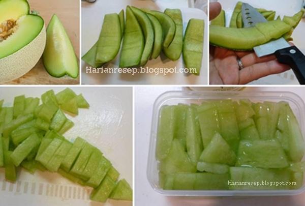 Hari ini cuaca lagi panas banget ya bun Resep Manisan Kulit Melon Madu, Camilan Anak Yang Segar dan Sehat