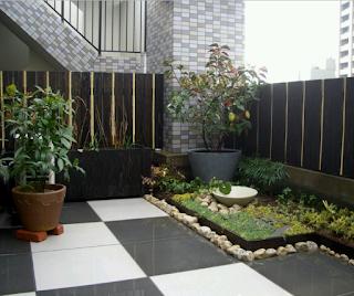 rumah minimalis dengan halaman yg luas