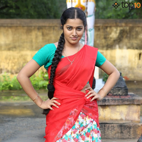 Samskruthy Shenoy latest photos in saree