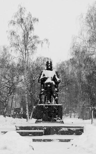 Памятник А. М. Бутлерову