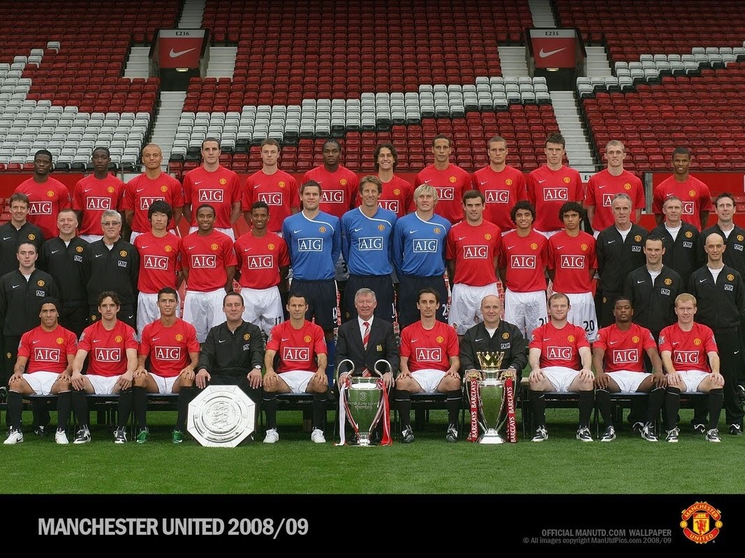 BLACK: Manchester United squad wallpapers 2010-2011, 2009