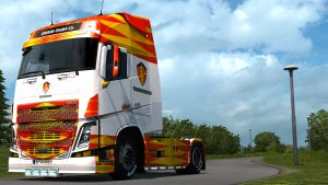 Koenigsegg paint job for Volvo 2013