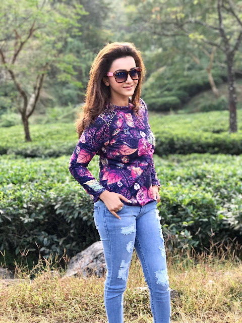 koushani mukherjee facebook profile