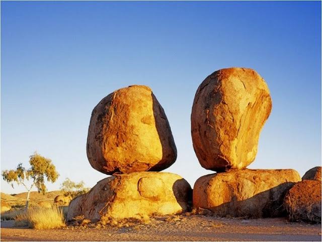 Rocas Con Formas Extra 241 As Y Extraordinarias Rinc 243 N Abstracto