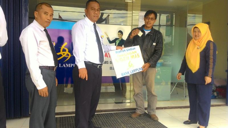 Bank Lampung KCP Liwa, Serahkan Hadiah Undian Tabungan Siger Mas