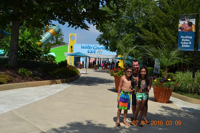 Travels and Wandering FamilyFun at Water Country USA in York