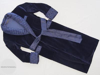 Herren Hausmantel Dunkelblau Samt Seide Navy Luxus Morgenmantel englischer Stil gesteppter Schalkragen gefüttert lang warm edel
