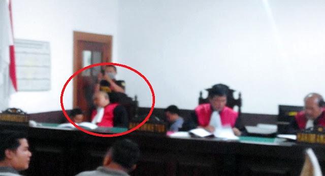 Pak Hakim Tidur Dari Awal Hingga Sidang Selesai