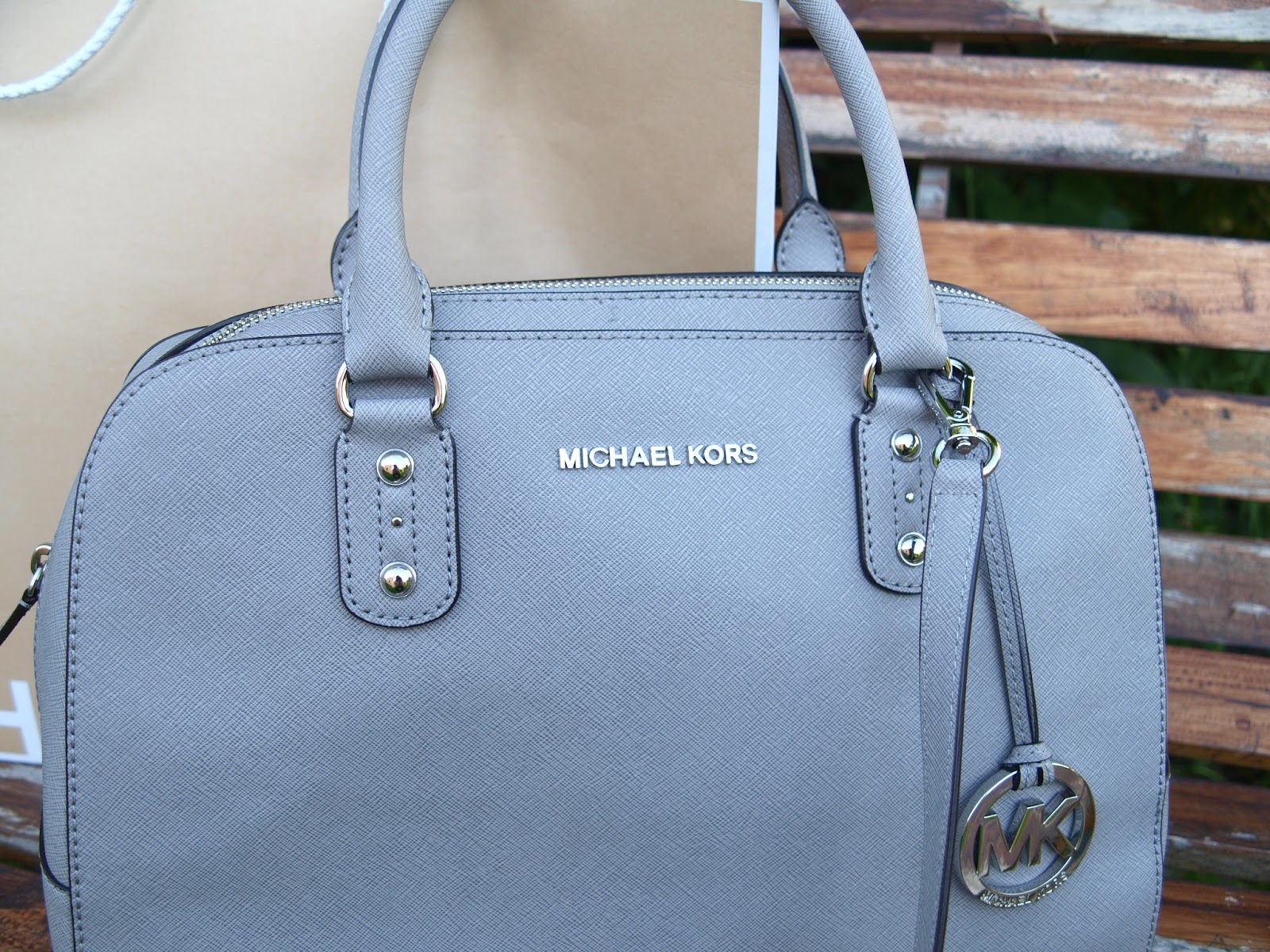 8f51ea996f27a Parndorf Shopping  Michael Kors and Prada + What s in my Bag ...