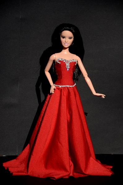 Barbie w czerwieni.