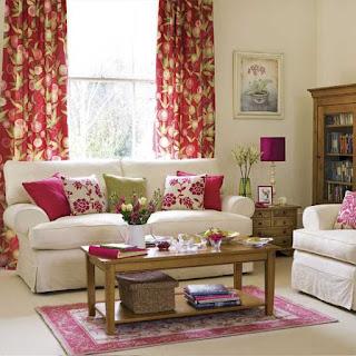 Bunga Hiasan Meja Ruang Tamu, Meja Rumah Minimalis,