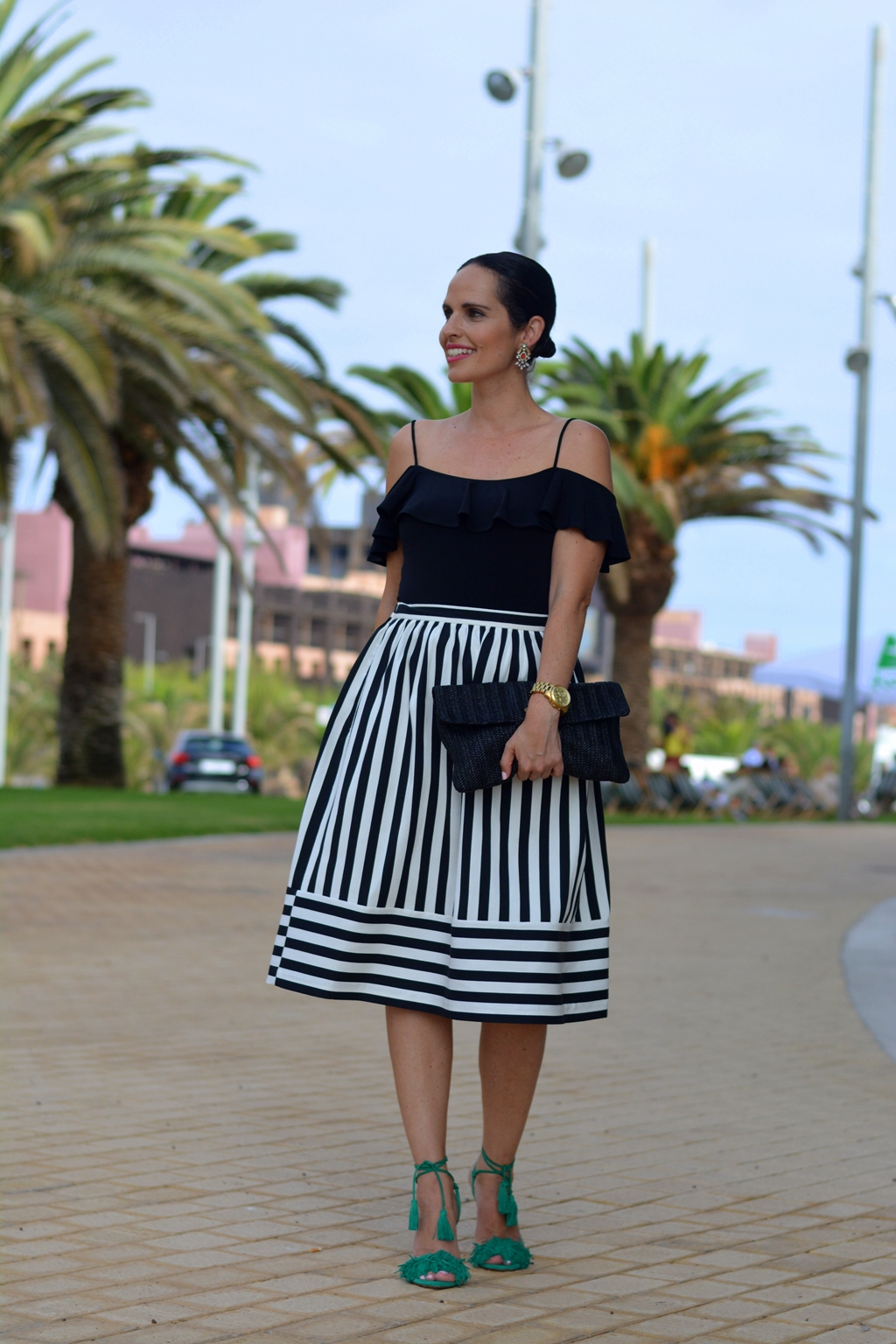 look-blanco-negro-eventos-aquazzura
