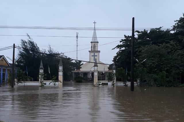 Chùm ảnh lũ lụt tại Giáo xứ Dương Sơn – Huế - Ảnh minh hoạ 11
