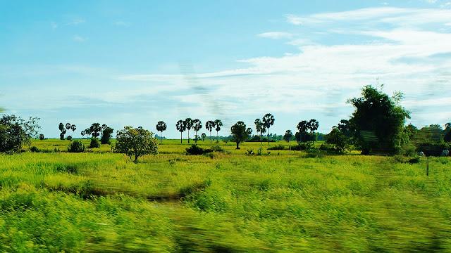 Изображение равнины в Камбодже