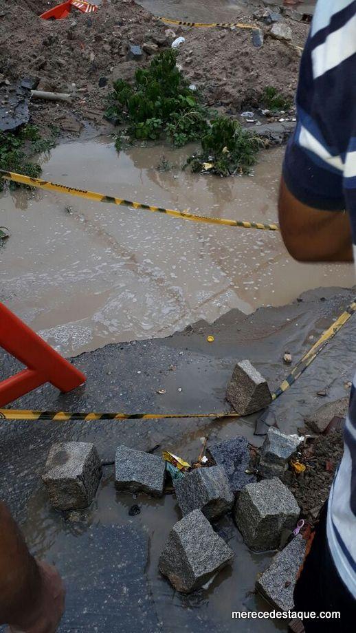 Criança é arrastada pela água de córrego em Toritama e morre